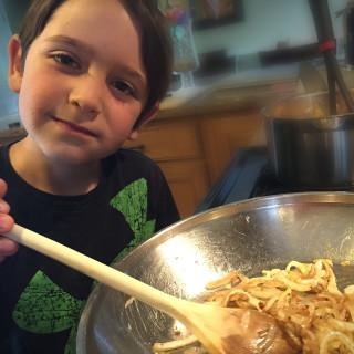 Max stirring onions